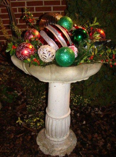 Creative Christmas Birdbath!  Great way to extend Christmas decor into my back court yard.