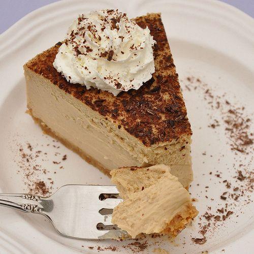 Tiramisu cheesecake! via @Alisa Tofaeono