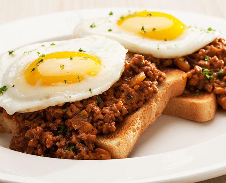 Savoury Toast on Mice:  2 fried eggs on savoury mince. Served on 2 slices of toast. https://www.spur.co.za/menu/breakfast/