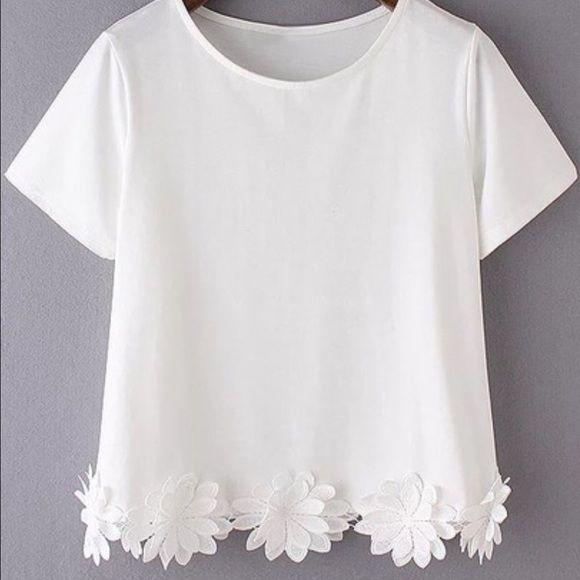 White short sleeve flowers hem casual tshirt Cute shirt Tops Blouses