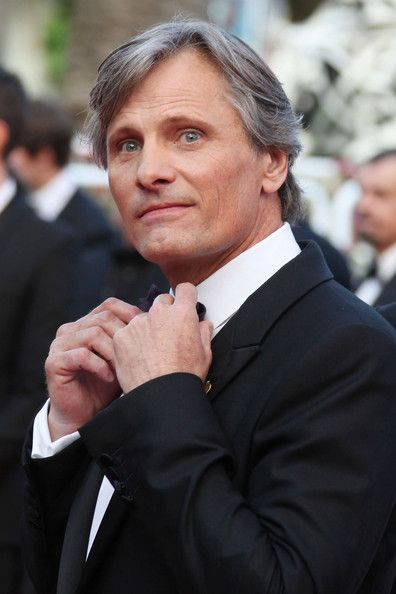 Viggo...great hair!  Love it when men (especially actors) embrace their grey.  So authentic and devastatingly sexy!