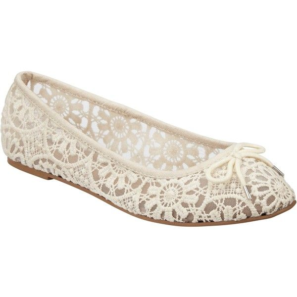 John Lewis Lace Ballerina Pumps , Cream (€36) ❤ liked on Polyvore featuring shoes, pumps, cream, ballet flat shoes, ballet pumps, floral shoes, low pumps and lace flat shoes