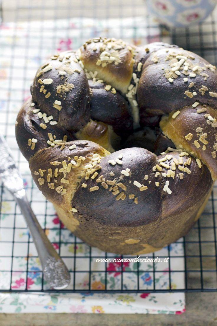 Pan brioche bicolore: come fare la treccia di pan brioche | Anna On The Clouds