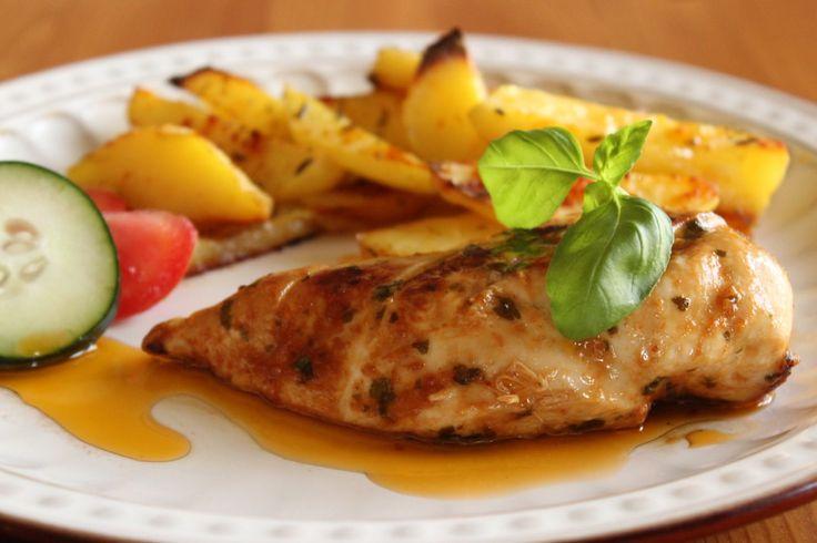Kuřecí prsa s bazalkou a česnekem