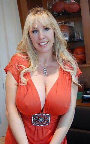 Wifey Busty Video Free Porn 14