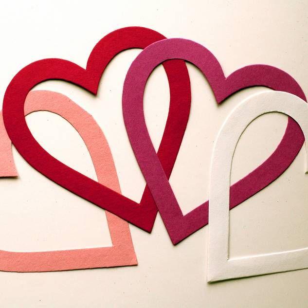 die besten 25 valentinsherzen ideen auf pinterest hearts filzarbeiten und valentinstag. Black Bedroom Furniture Sets. Home Design Ideas