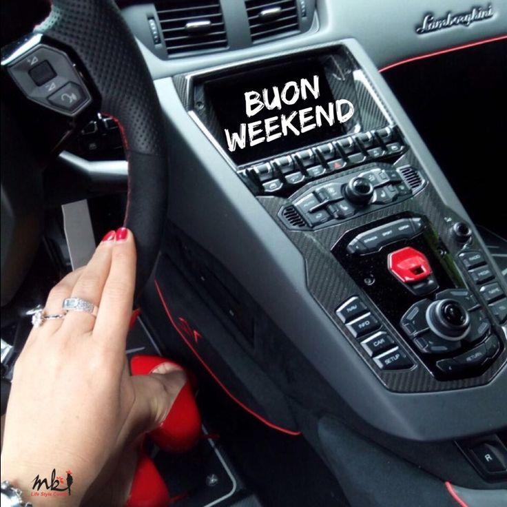 STAI USANDO TUTTE LE MARCE CHE HAI?  Oggi inserisci la P e rilassati appena puoi.  Anche noi come dei veicoli abbiamo bisogno del carburante che ci fa andare avanti e ci permette inserire le marce secondo l'occorrenza. QUESTO WEEKEND caricati di ENERGIA POSITIVA! 〽️ #lifestylecoach #lifestylecoachmk #mk #life #vita #stile #style #donna #woman #pilloledelgiorno #takecare #takeeasy #buonweekend #sabato #velocità #marce #lamborghini