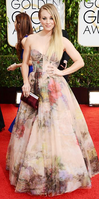 Love Kaley Cuoco's gown, the watercolor florals are beautiful!