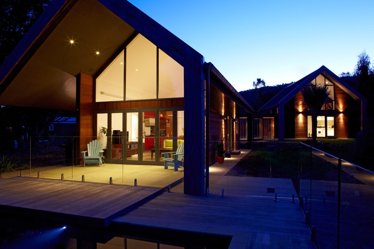 McClaren residence, Waitakeres, NZ, by Context Architects