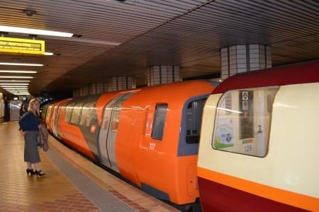 Metro de Glasgow en Escocia también conocido como La naranja mecánica. puntas hacia fuera para que se puede hacer en Glasgow