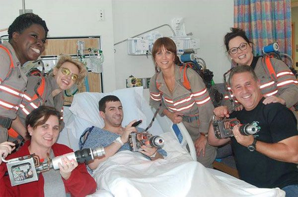What a great surprise! The new 'Ghostbusters' cast, including Kristen Wiig, Melissa McCarthy and more, dropped by a children's hospital in Boston to visit sick patients during a break in filming. So sweet!