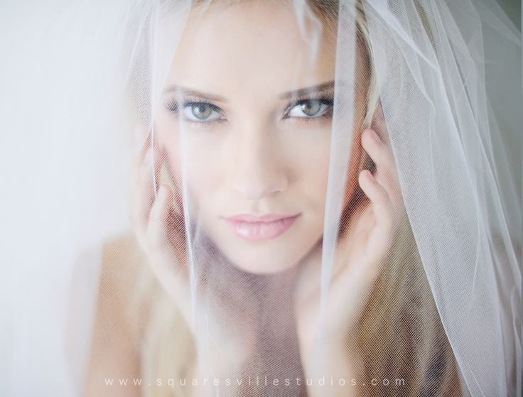 bridal boudoir headshot beauty session with gorgeous blonde chelsea nath by maria hibbs of squareville studios in dallas texas 17