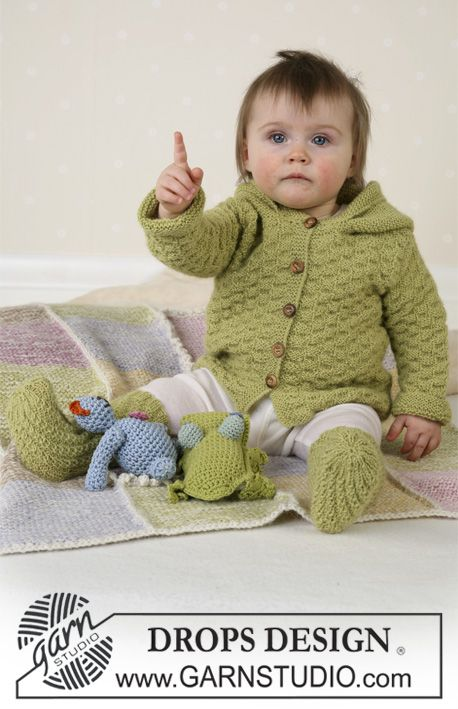 Jacket, jumpsuit, socks, soft toys and blanket in Alpaca ~ DROPS Design