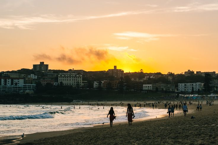 How To Move To #Bondi Beach. Tips and Advice from an American #Expat.  http://frugalfrolicker.com/move-bondi-beach/ #expatlife #Australia