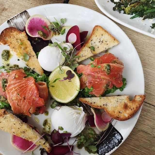 Salmon, toasts, poched eggs