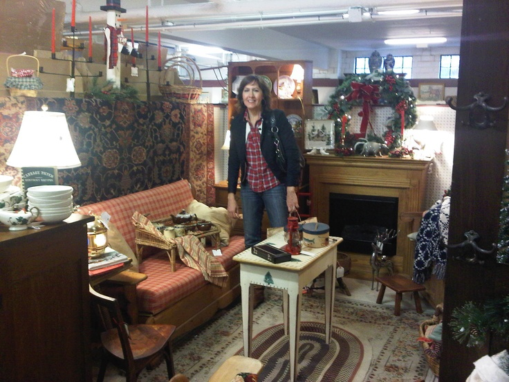 My holiday booth @ Duck Creek Antique mall in Oakley.  This year's theme is Christmas at the Cabin!    Stop by or email amtMaryK@gmail.com for pricing