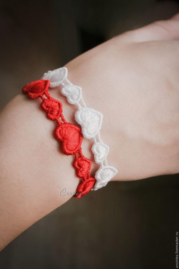 Купить набор браслетов вышитых Сердце Ангела белый красный - вышитый браслет, браслеты с вышивкой