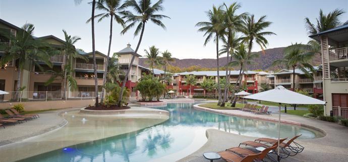 Mantra Amphora - Palm Cove Accommodation