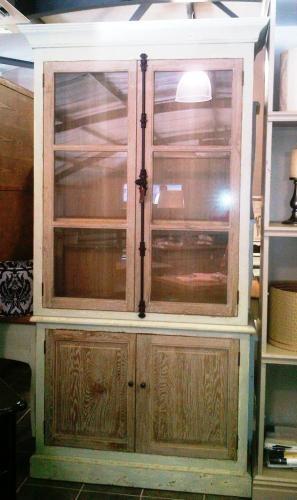 Display Cabinets   Chikadee
