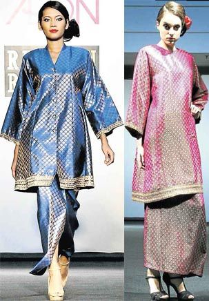 Classical/Modern attempt at Songket (observe kain to baju ratio)