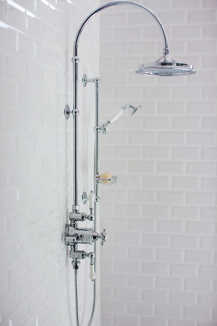 Burlington Bathroom style can mean a range of looks - find the shower that suits your style #VintageBathroom #MyTraditionalBathroom #BurlingtonBathrooms