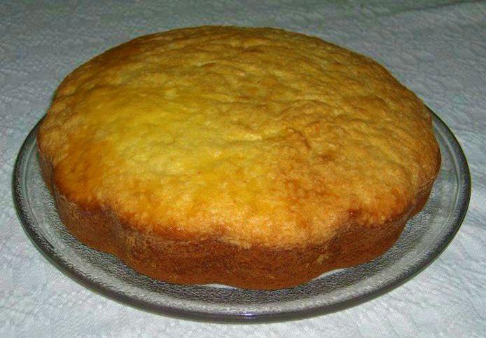 Una torta dalla preparazione semplicissima ma ricca di gusto, soffice al profumo di zafferano