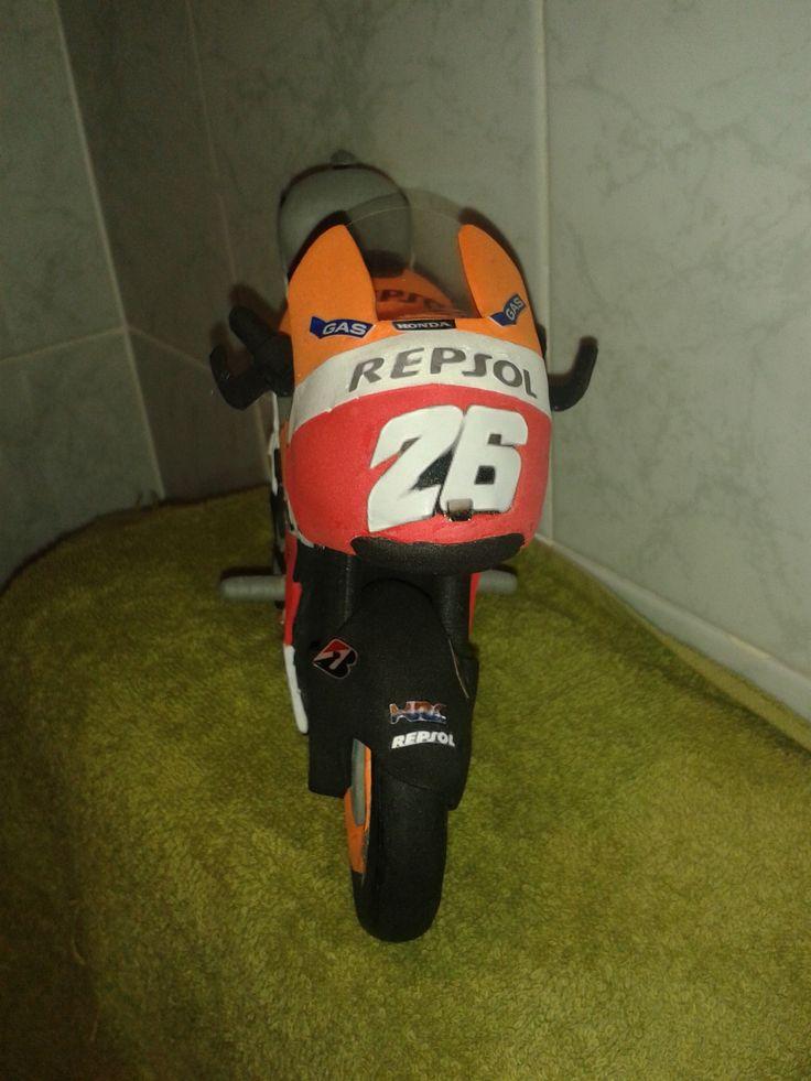Moto Dani Pedrosa en goma eva 5
