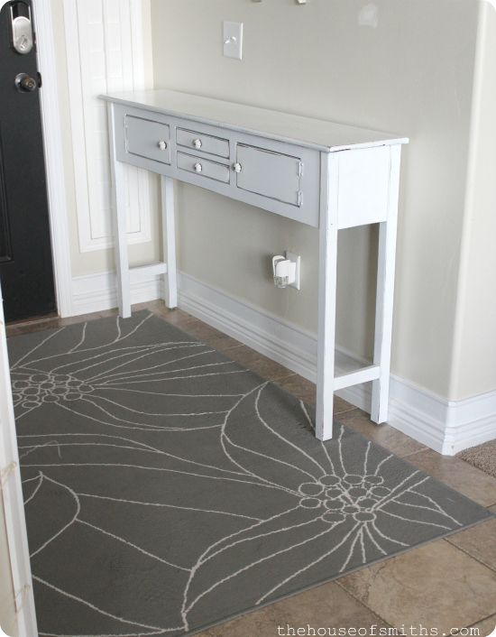 Table redo for 12 holla my best tips on how to spray paint furniture house of smith 39 s for Spray paint bedroom furniture