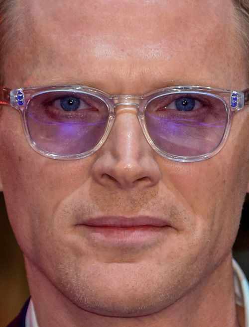 paul bettany - more close-ups of celebrities can be found here paul bettany vision celebrity celebs celebritycloseup sunglasses celebrities celeb