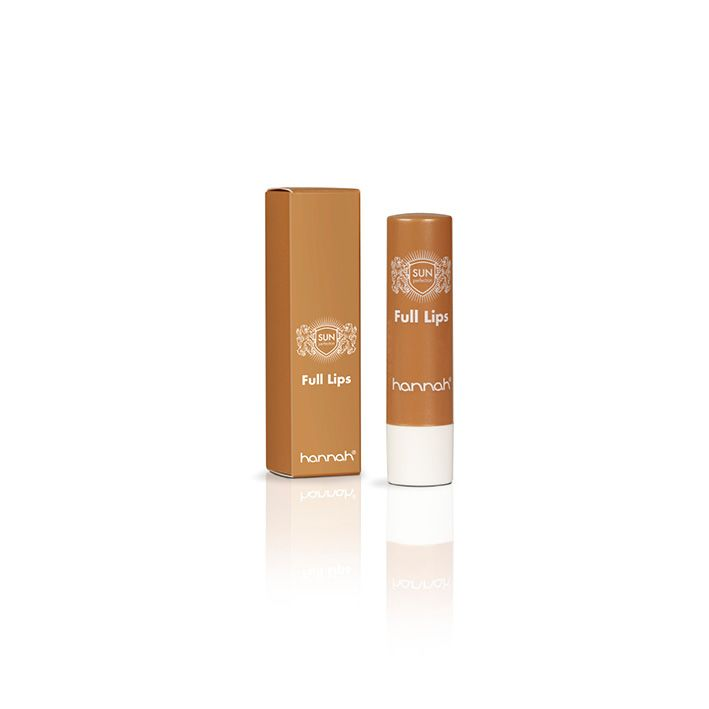 De zijdezachte balsem van Full Lips zorgt voor voelbaar meer soepelheid, vochtherstel en compactheid van de lippenhuid, hetgeen resulteert in opvallend volle en mooi glanzende lippen! De toegevoegde zonnefilter met SPF 15 beschermt de lippen het hele jaar door tegen UV-straling. Het resultaat? Optimaal verzorgde, zijdezachte, mooie volle, beschermde én gezonde lippen!