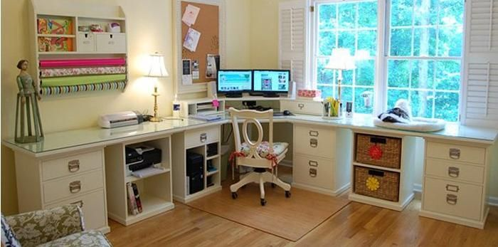 <3 this office space - inspiring and organized!  http://www.budgetdumpster.com/resources/how-to-declutter-your-home.php#_a5y_p=3780925
