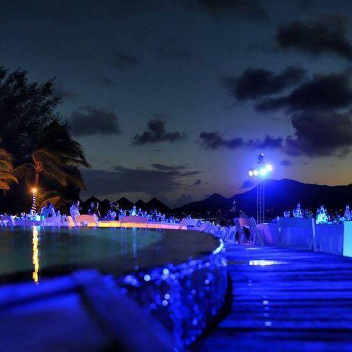 Evening set up at the Meridien @lemeridienbora #borabora #island #paradise #southpacific #sun #beach #sunrise #amazing #dream #holidays #beautiful #bestvacations #photooftheday #picoftheday #photodujour #wedding #tahiti #polynesian #EdouardOTT #instagood