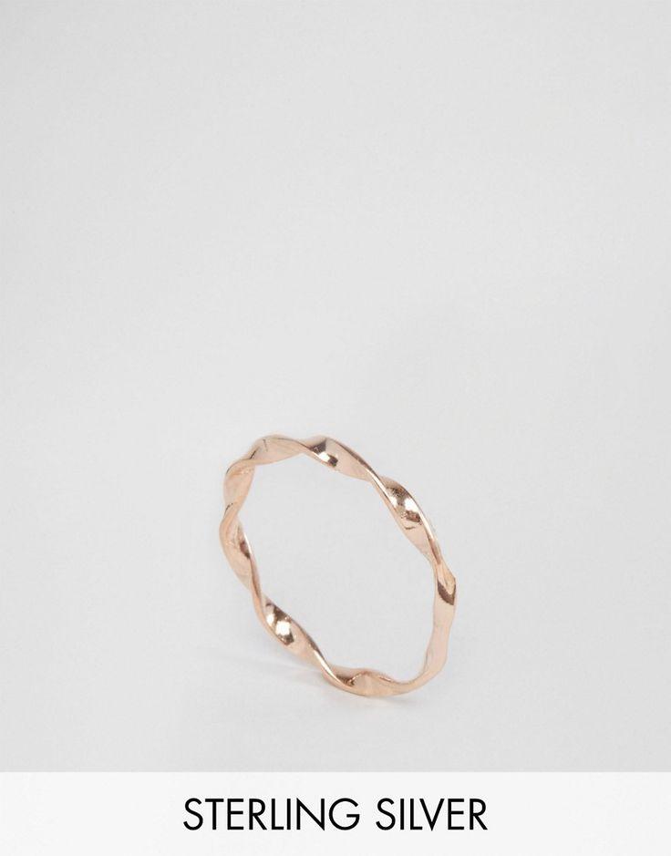 Immagine 1 di ASOS - Anello ritorto sottile in argento sterling placcato oro rosa