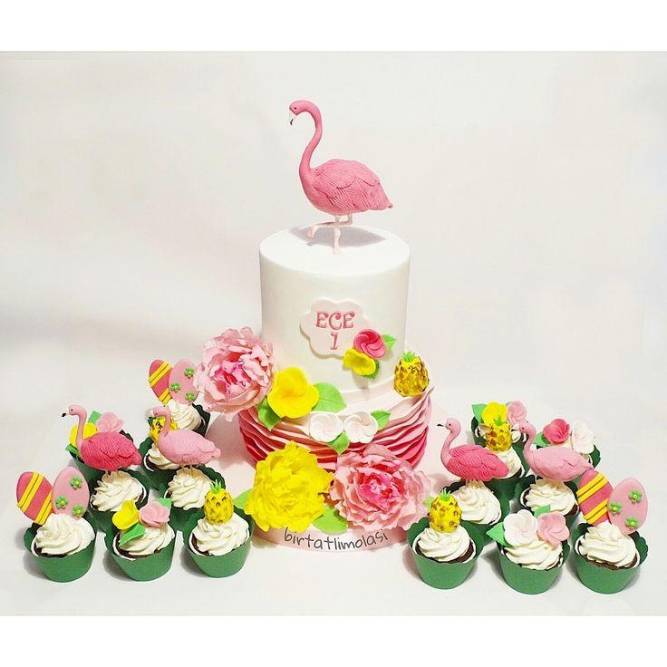 Flamingo pasta flamingo cake hawaii cupcake tropical cake