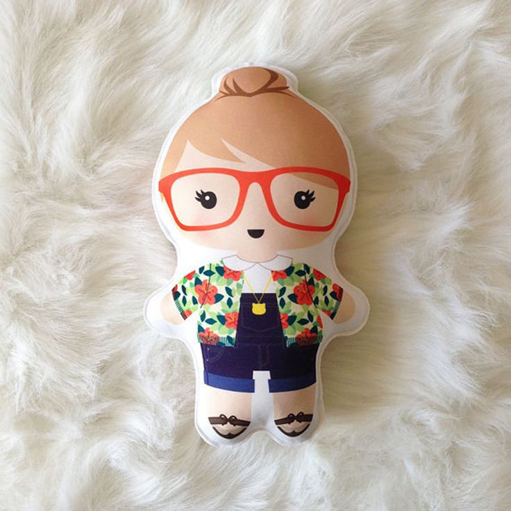 Poppy the Doll - Hipster Cutie