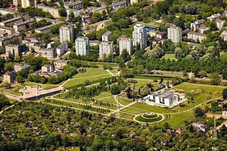 http://g.gazetaprawna.pl/p/_wspolne/pliki/1335000/1335995-lodz-z-lotu-ptaka-park-ocalalych.jpg