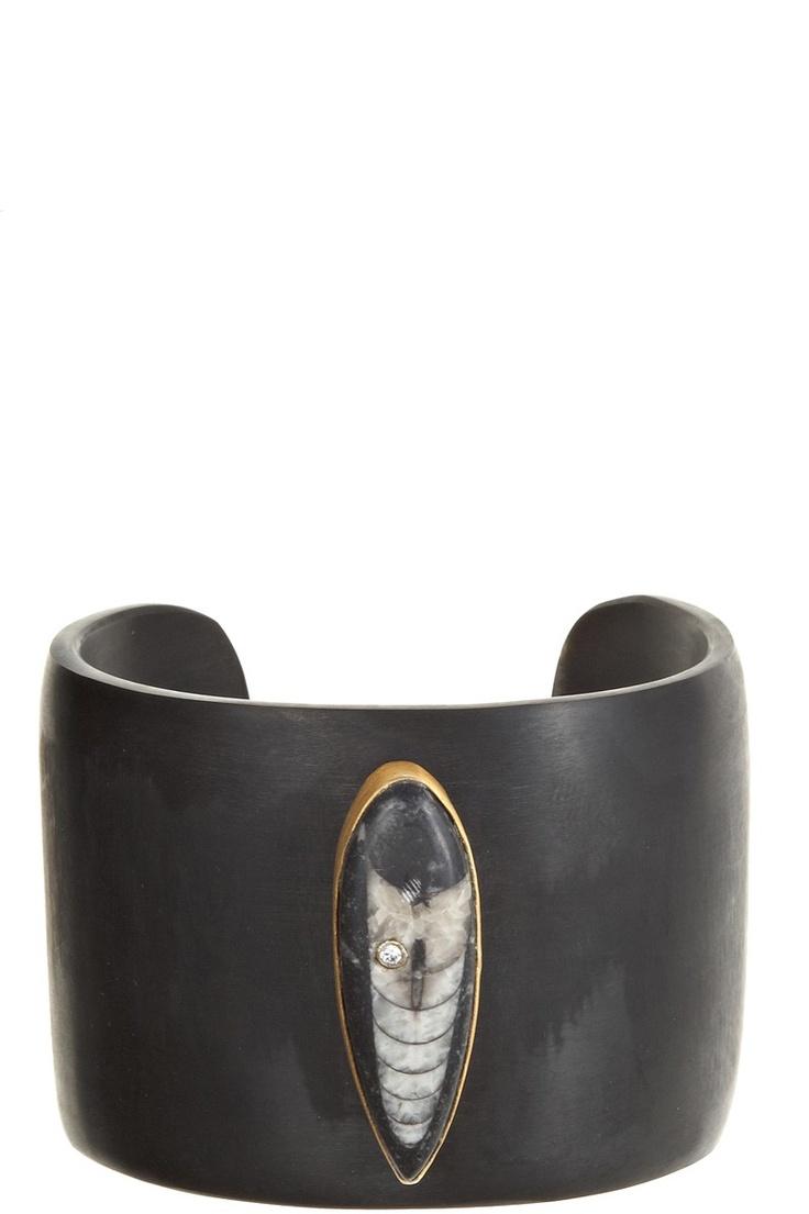 Pisa Horn Cuff