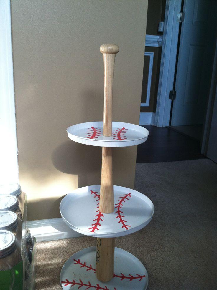 Baseball baby shower. Cupcake stand