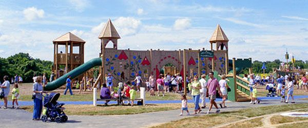 Castle Playground, Splash Playground, and Mini-golf course at South Germantown Regional Park.  Open 7 days/week through summer (2012).