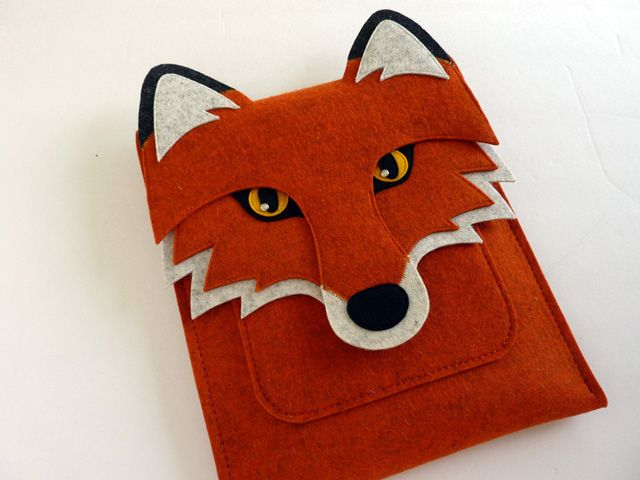 Isabelle Dansereau of Etsy shop Boutique ID makes beautiful wool felt iPad, MacBook and Kindle sleeves that look like various animals such as a cat, owl, elephant and more.