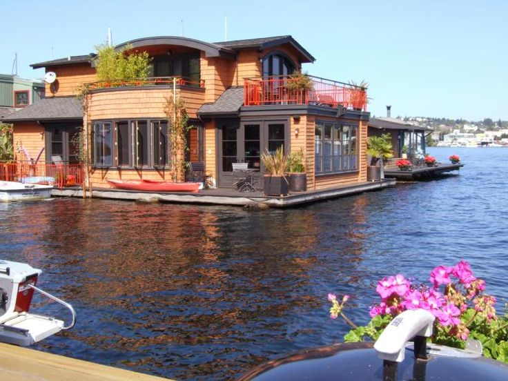 Houseboat on the water in Seattle