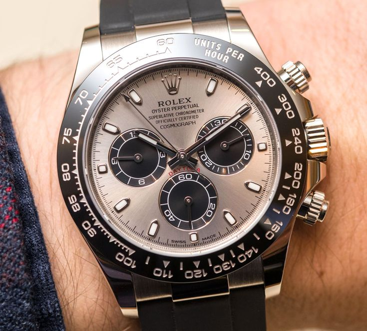 Rolex Cosmograph Daytona Watches In Gold With Oysterflex Rubber Strap and Ceramic Bezel Hands-On