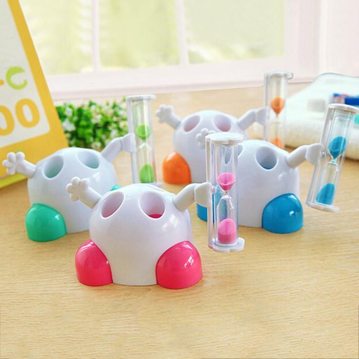 Baby care Plastic Kid Toothbrush Holder with Hourglass Timer Cute Cartoon 1 PC 2 Colors