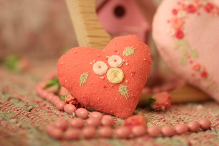 Ручные вещи: Подарок от сердца