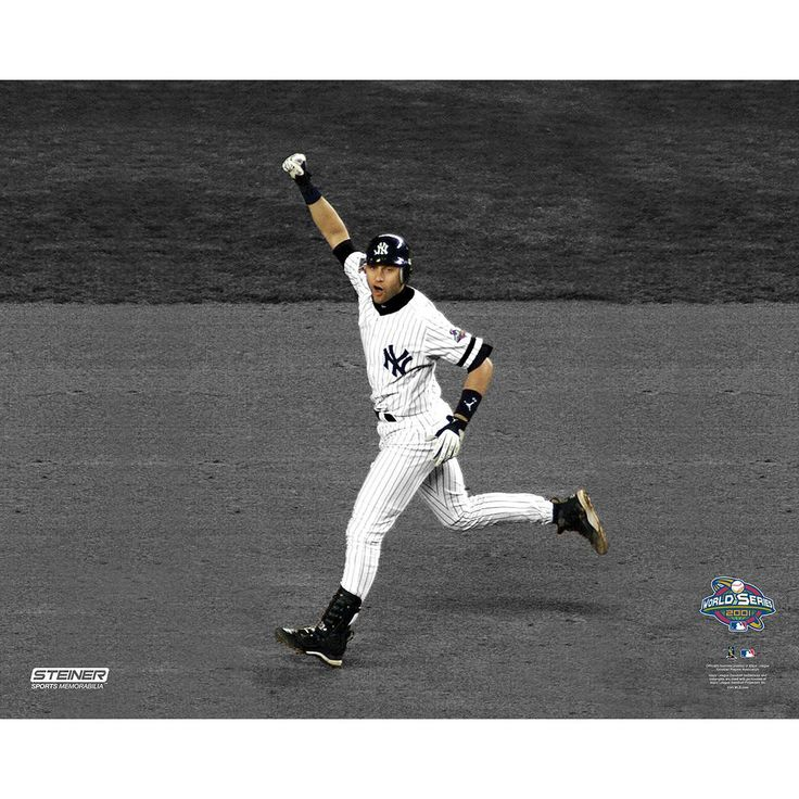 Derek Jeter 2001 WS Pump Fist Home Run 16x20