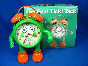 http://i.ebayimg.com/t/Original-vintage-design-ZentRa-Ticki-Tack-Wecker-alarm-clock-working-box-/00/s/MTIwMFgxNjAw/z/qAkAAOxyOalTZLl5/$_35.JPG