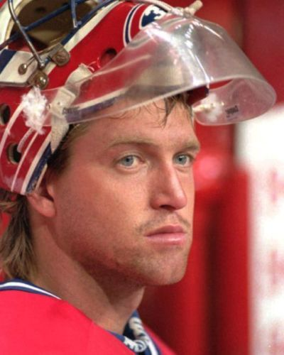 NHL-Patrick-Roy-Montreal-Canadiens-unsigned-8x10-photo-10