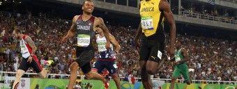 #LOL Souverain, Usain Bolt a fini sa demi-finale du 200m… en rigolant avec Andre De Grasse. #JO2016