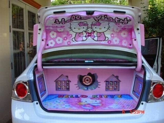 Pin By Kayla On 3 In 2020 Hello Kitty Car Accessories Hello Kitty Car Hello Kitty House
