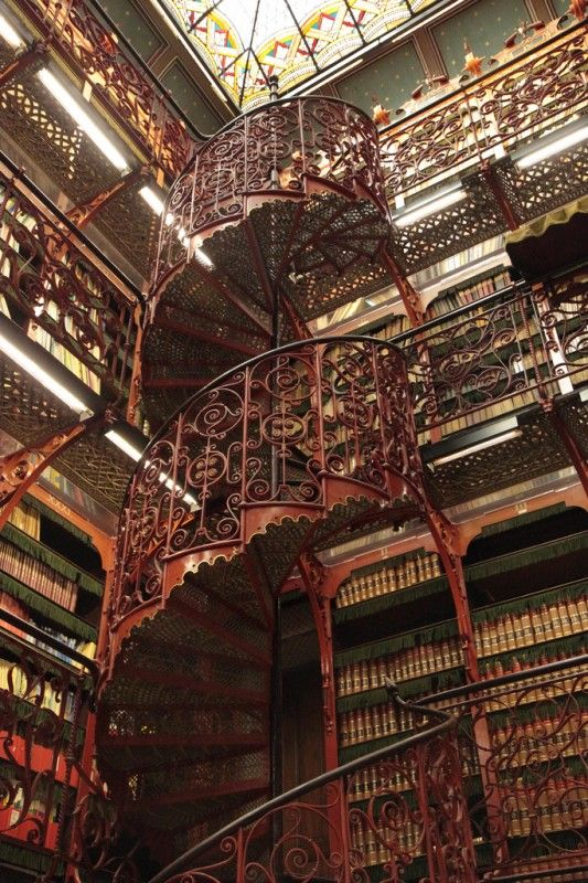 The library of the Dutch Parliament contains every record of parliamentary hearings and discussions. Because it was built before electric lighting made the storage of books a lot safer, the building was constructed with a massive leaded glass dome in the ceiling to allow in light and minimize the need for candles and gas lamps inside the library.